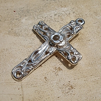 Vine Cross Pendant with Stanhope Peep